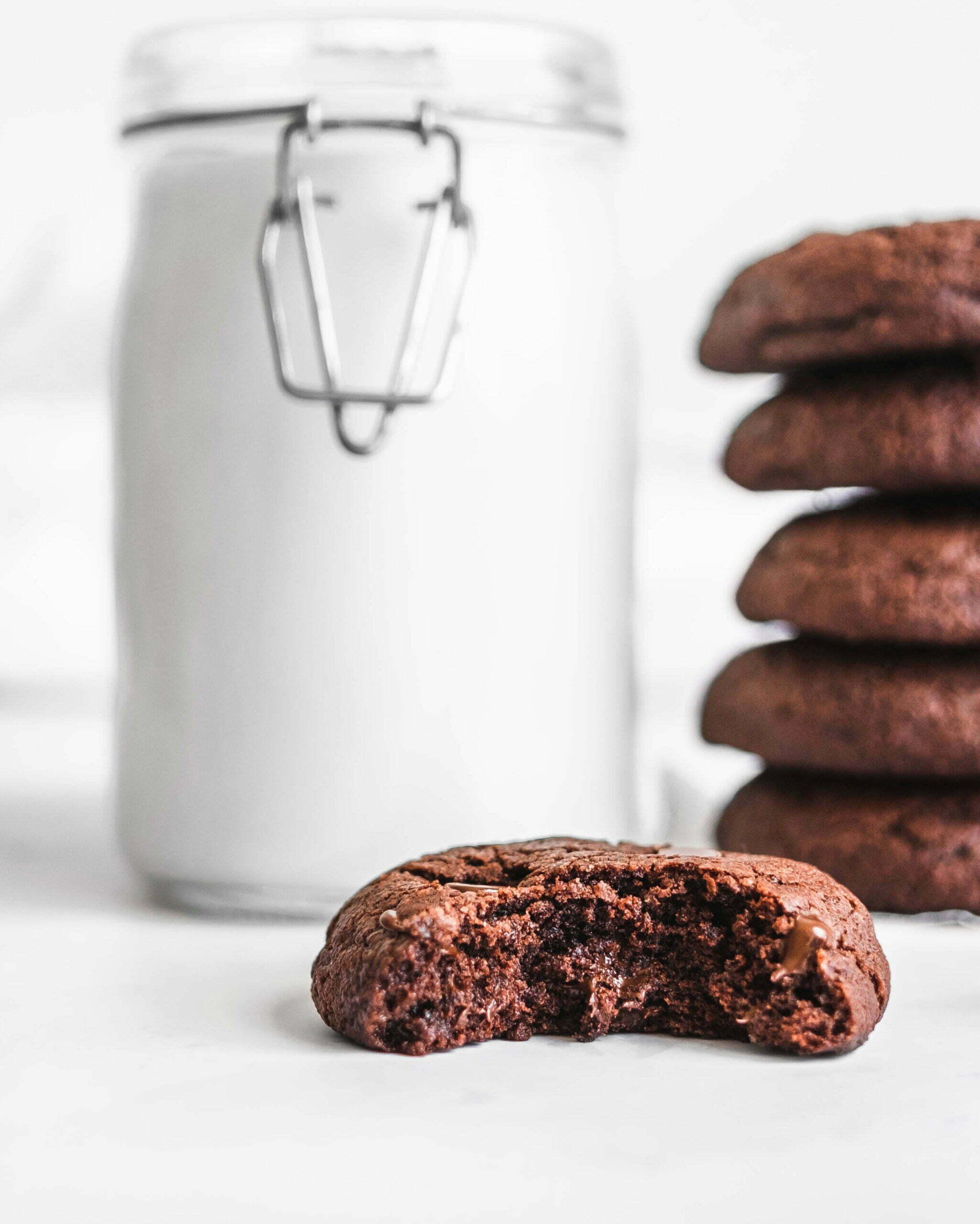 Brownie piškoti z dvojno čokolado