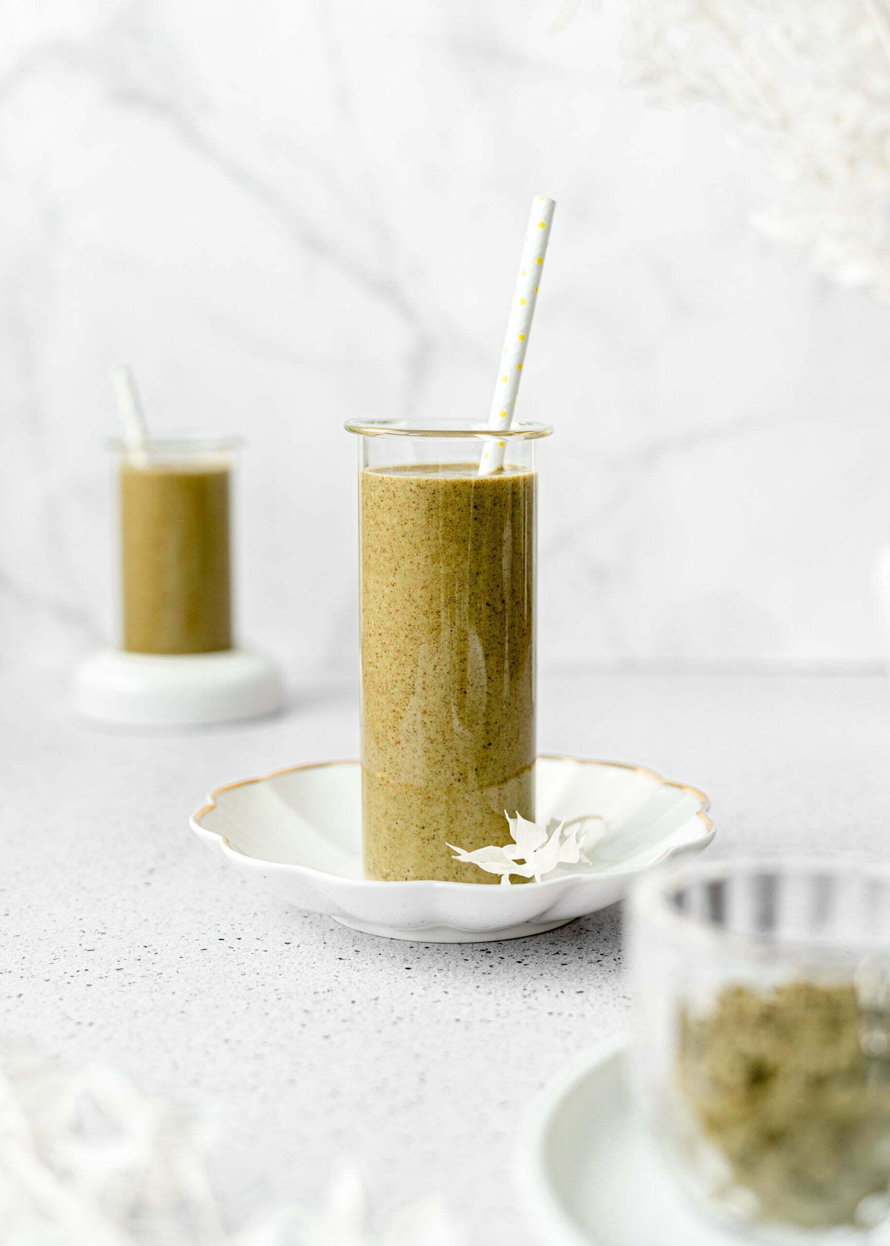 Konopljin proteinski smoothie