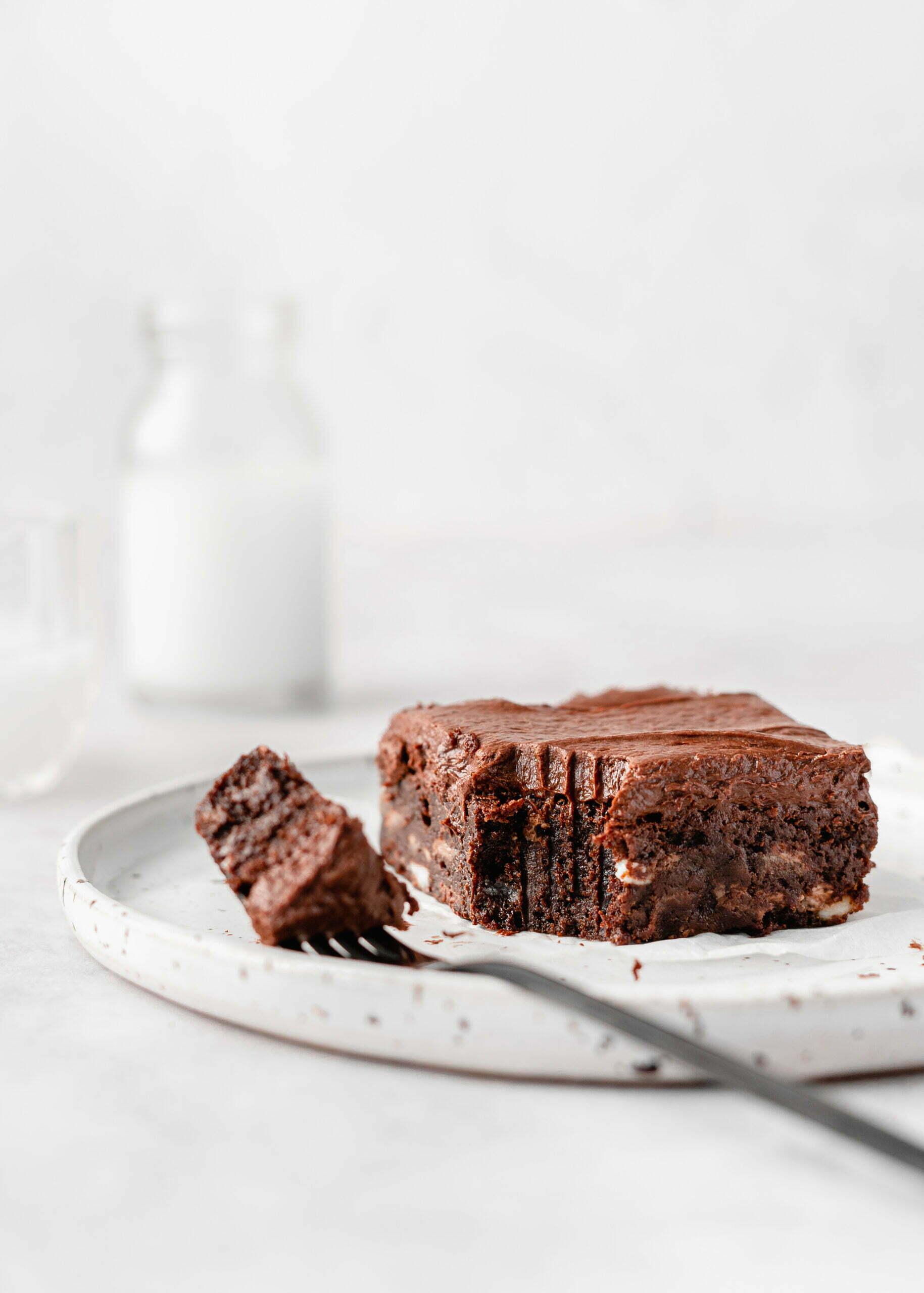 Browniji s trojno čokolado