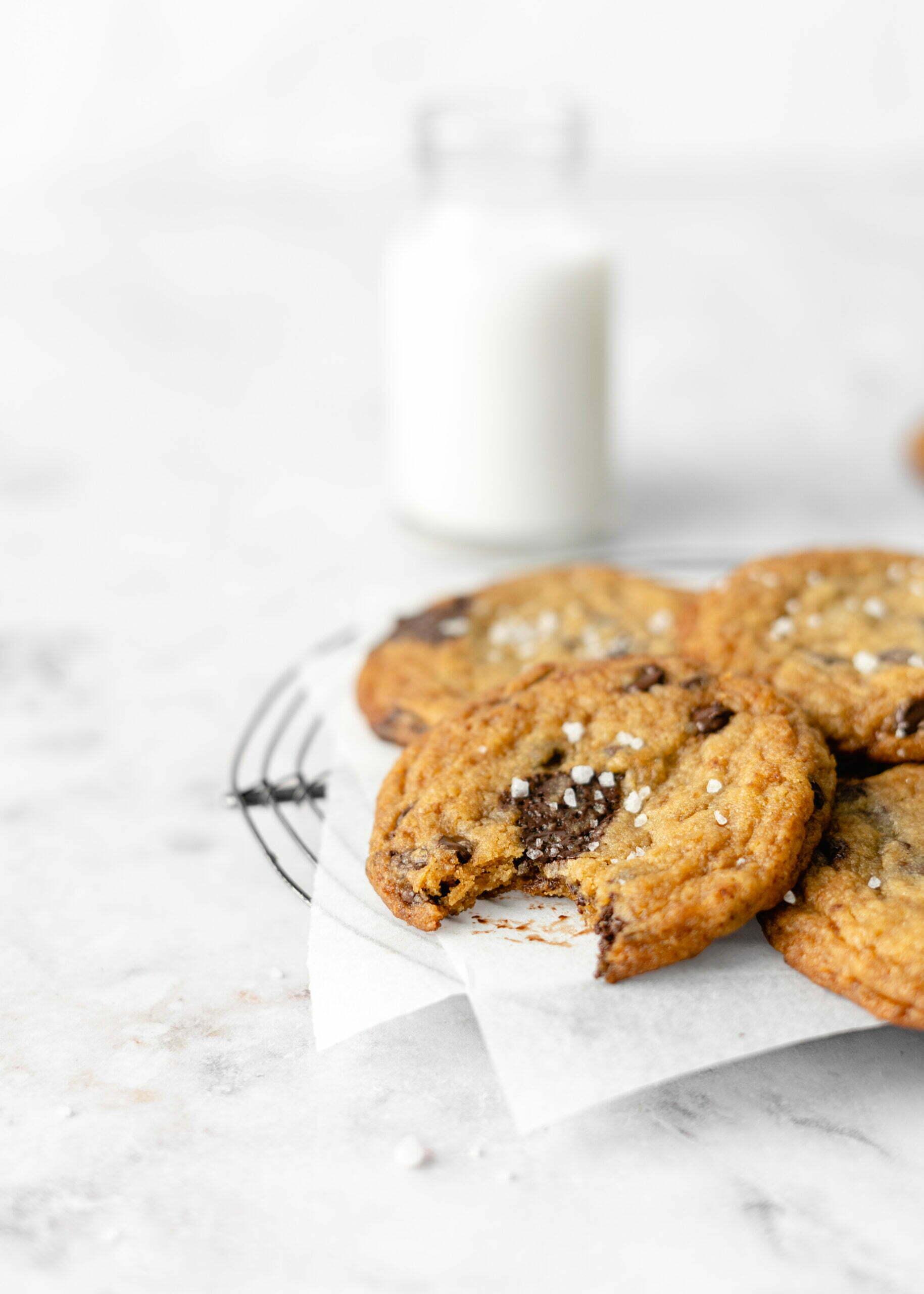 Veganski pirini piškoti s koščki čokolade