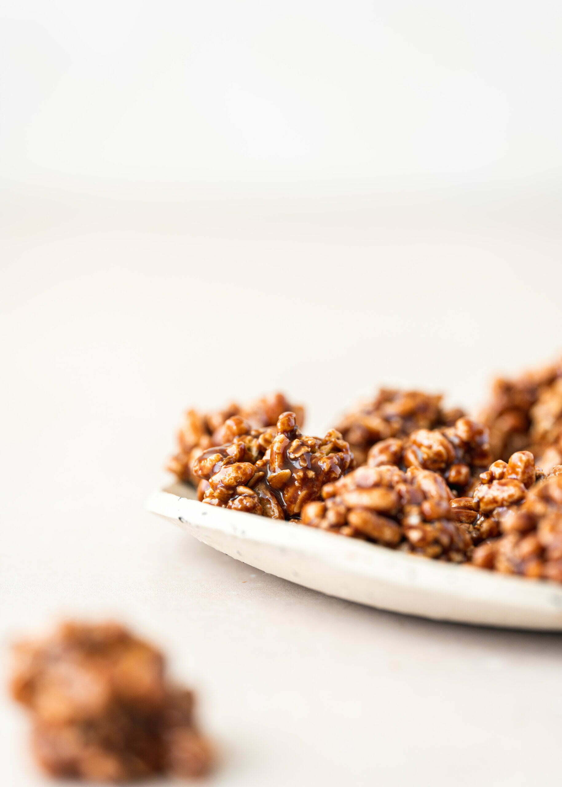 Hrustljave granola kroglice
