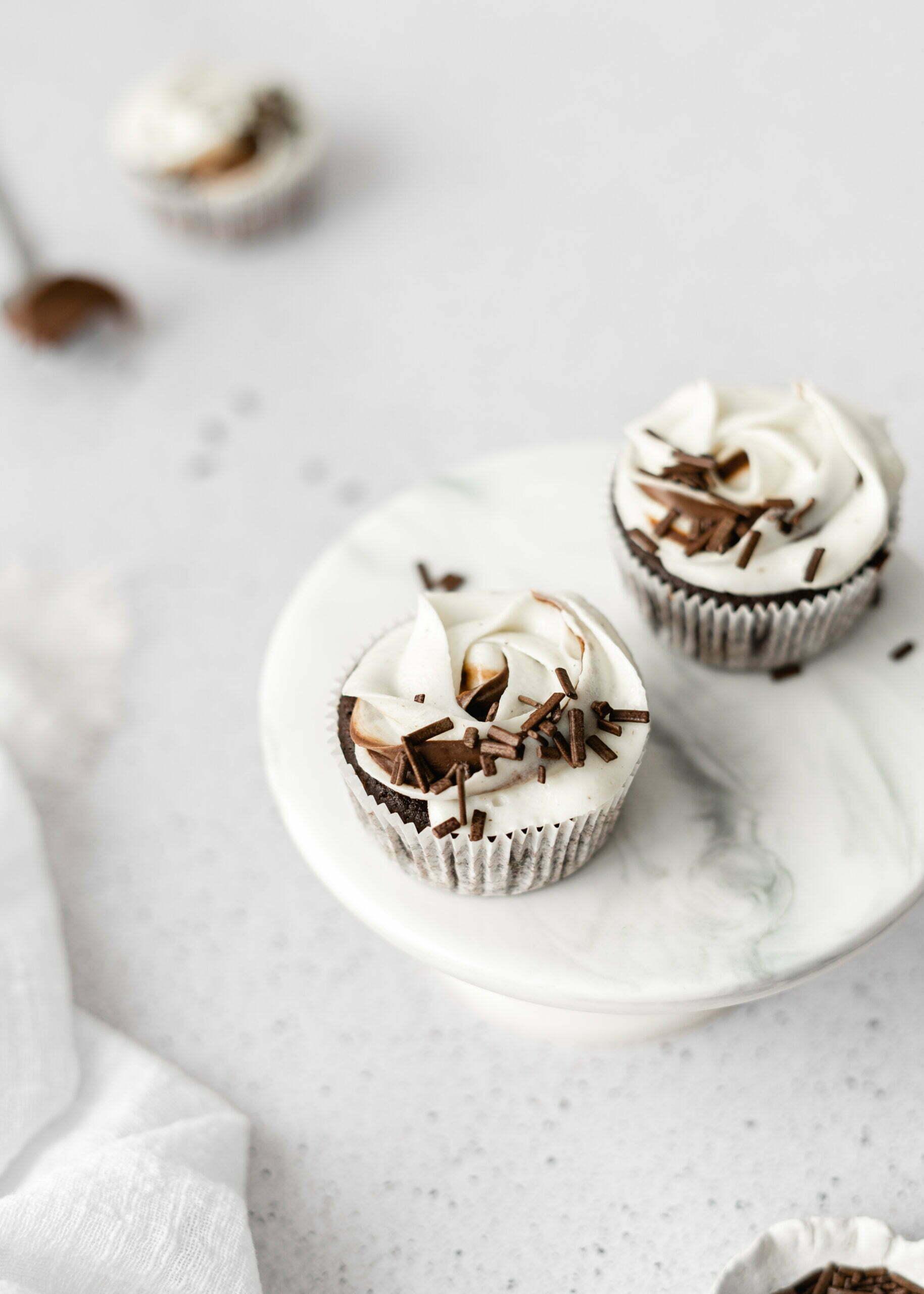 Čokoladni Cupcakes z Nutello in mascarpone kremo