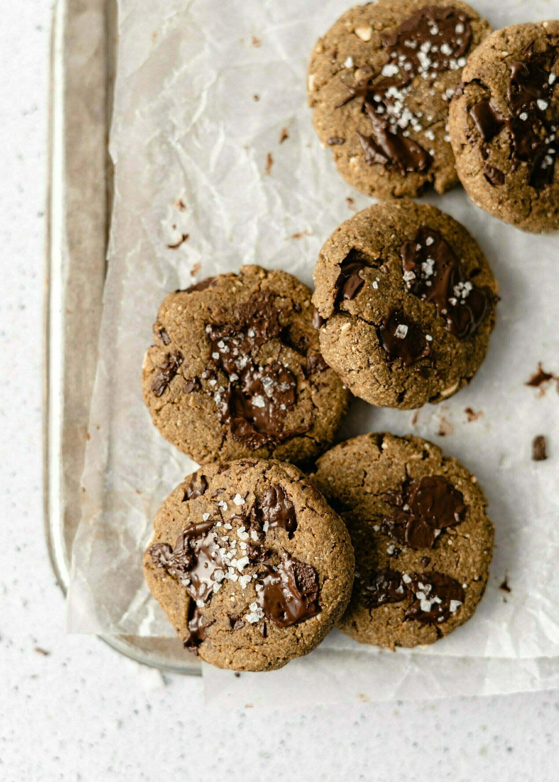Mehki proteinski piškoti s koščki čokolade