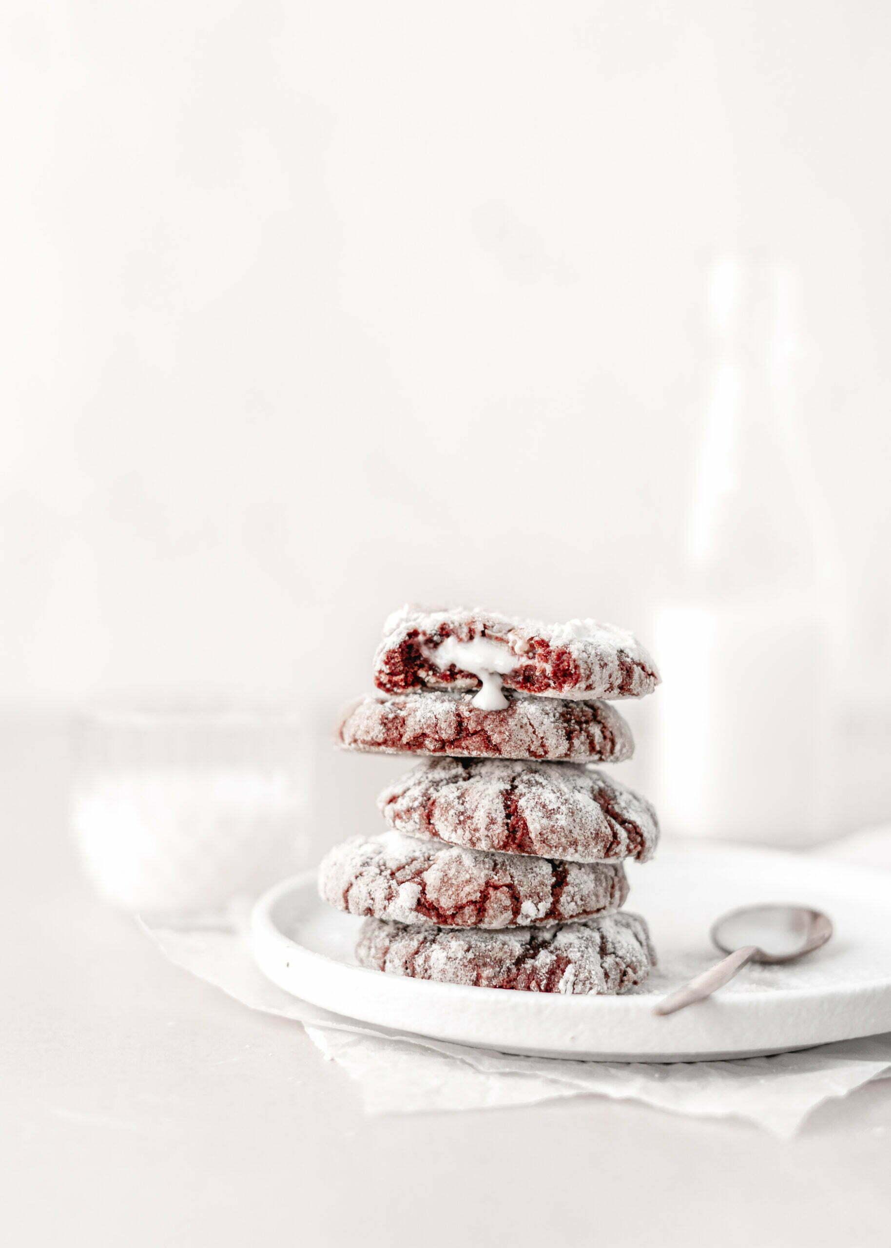 Red Velvet Razpokančki s Cheesecake kremo