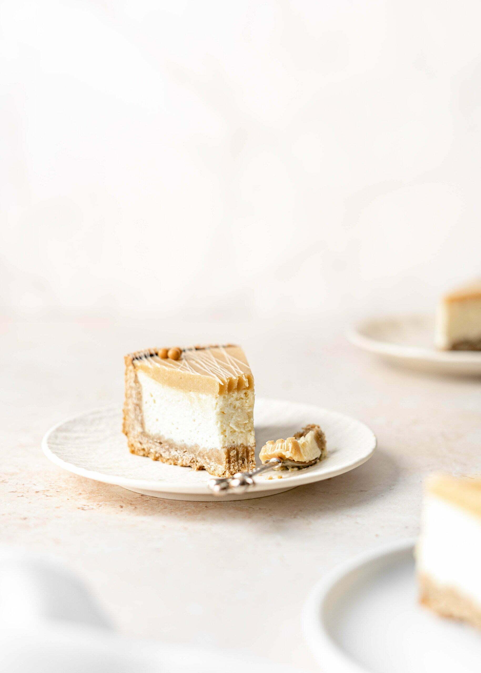 """Beljakovinski """"quark"""" cheesecake brez sladkorja in masla"""