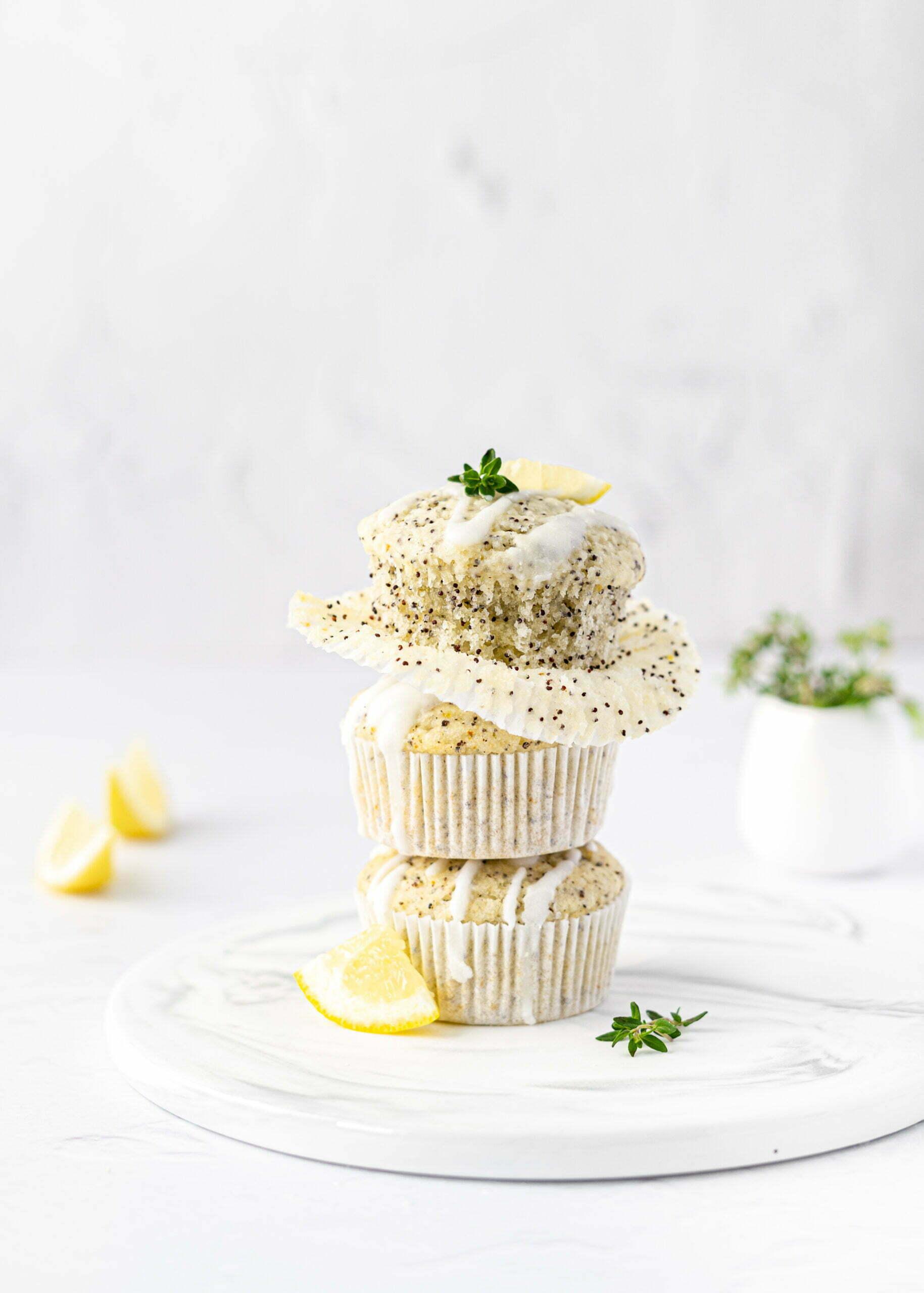 Brezglutenski limonini mafini z makom (brez glutena, veganski)