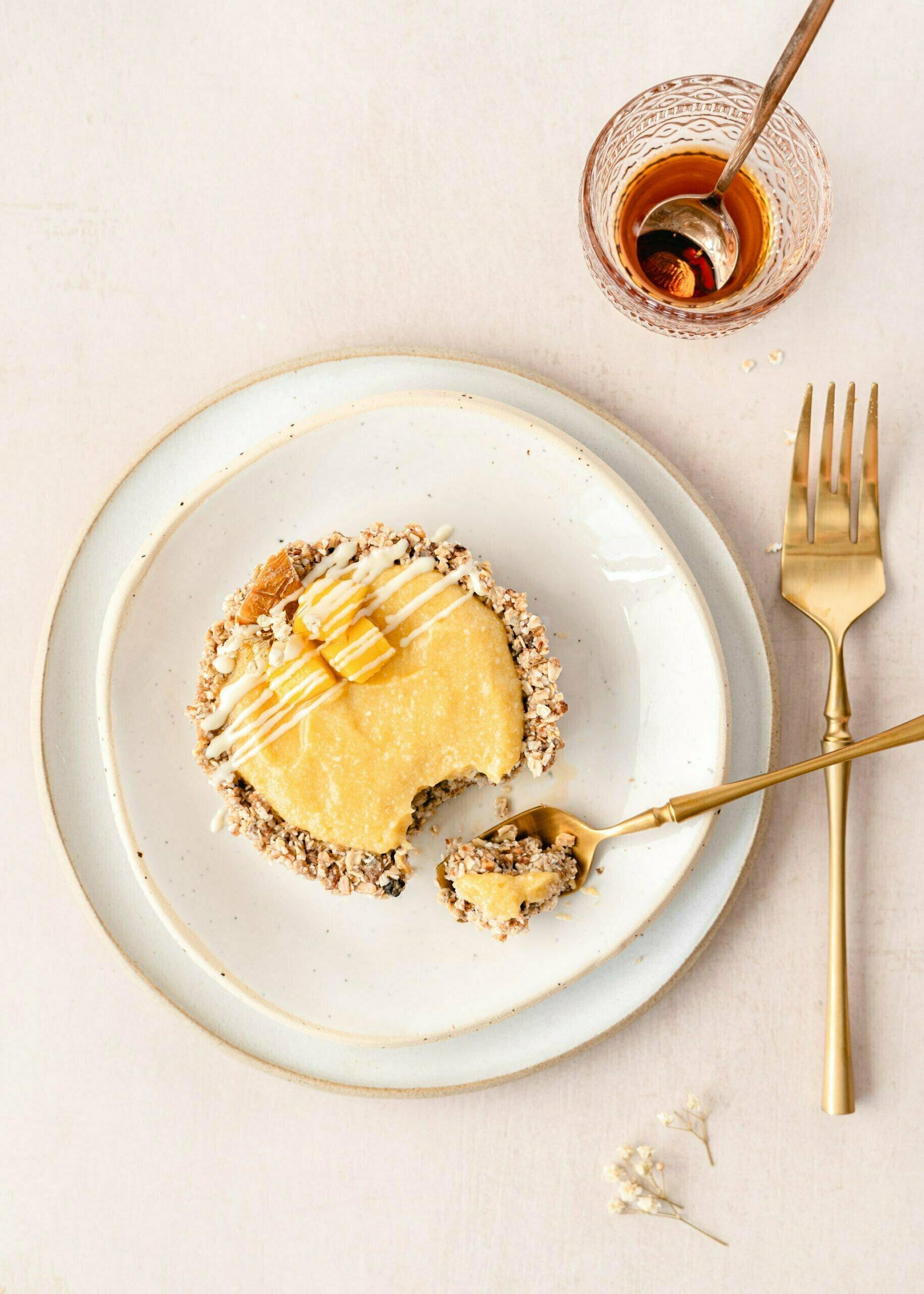 Mini mango pite z granolo